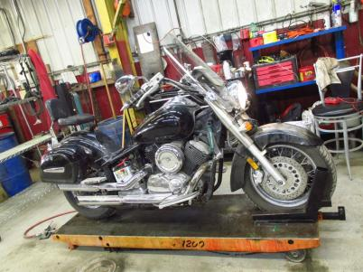 NEW-03 Yamaha V Star 1100